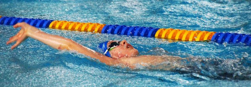 Bezirksmeisterschaften Weser-Ems:  Jüngster Starter des Oldenburger Schwimmvereins holt Bronze